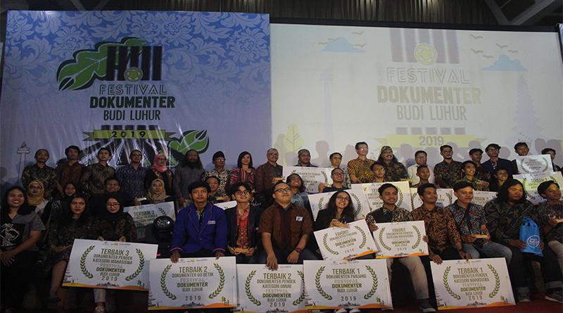Awarding Night Festival Film Dokumenter Budi Luhur