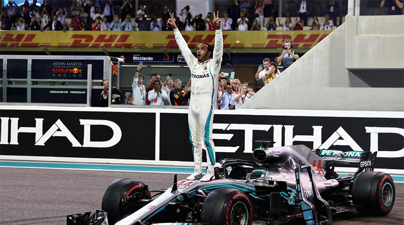 Akhir Tahun Yang Sempuna Untuk Pembalap F1 Lewis Hamilton