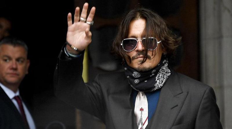 Johnny Depp dihantui berbagai masalah dalam hidupnya