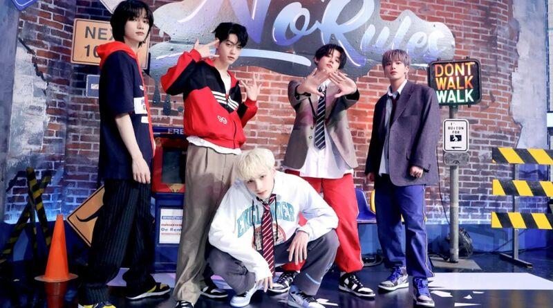 Acungi Jempol! TXT Menjadi Boy Group Yang Bertahan Di Billboard 200 Dengan Album 2021 Nya